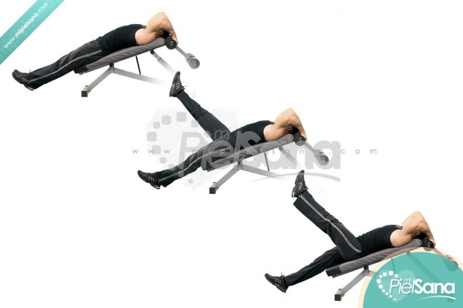 Decline Bench Alternate Leg Raise