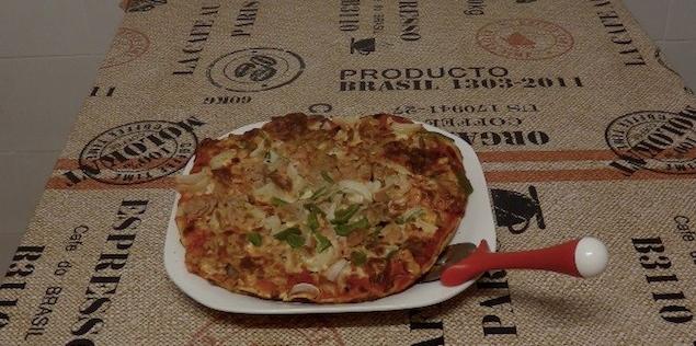 Receta en video para preparar una pizza baja en calorías