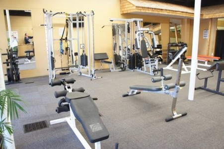 Aparatos o maquinas m s comunes en un gimnasio - Material de gimnasio para casa ...