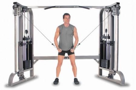 Aparatos o maquinas m s comunes en un gimnasio for Aparatos de gym